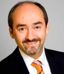 Augenarzt Dr. Amir-Mobarez Parasta